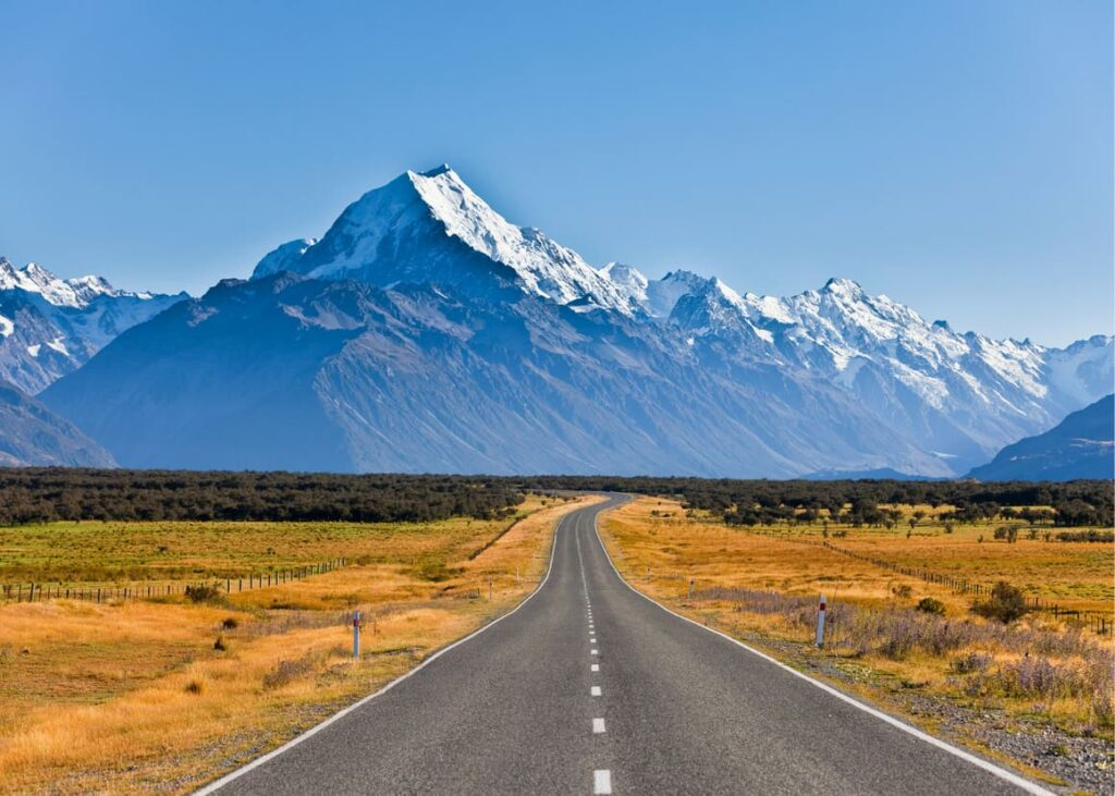 Road leading to a mountain in New Zealand