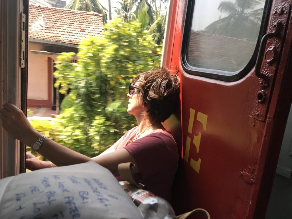 travelling by train in Sri Lanka, the best and most beautiful route