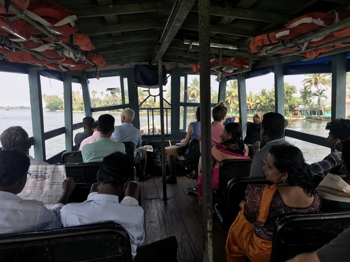 A look at how you don't have to hire a houseboat in Alleppey to see the backwaters