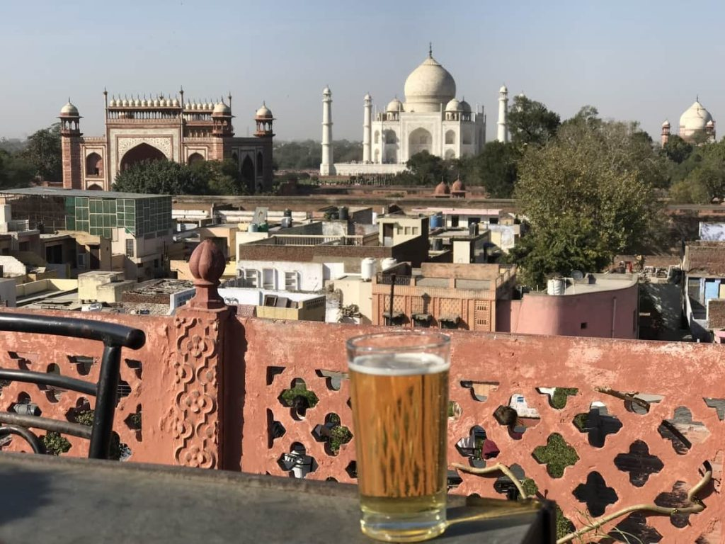 A Taj Mahal travel blog that tells you where to get a million dollar view for the price of a beer.