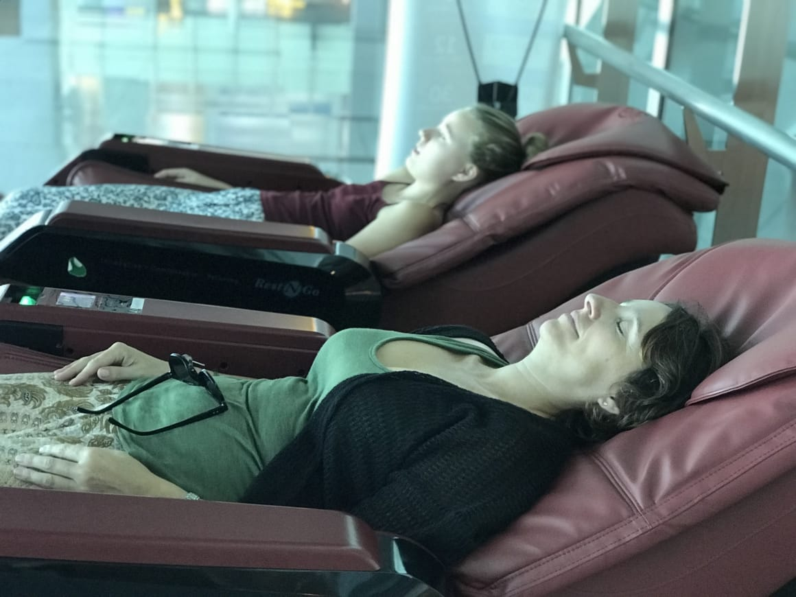 Traveling on a budget at the airport. Hacks on how to avoid paying to relax
