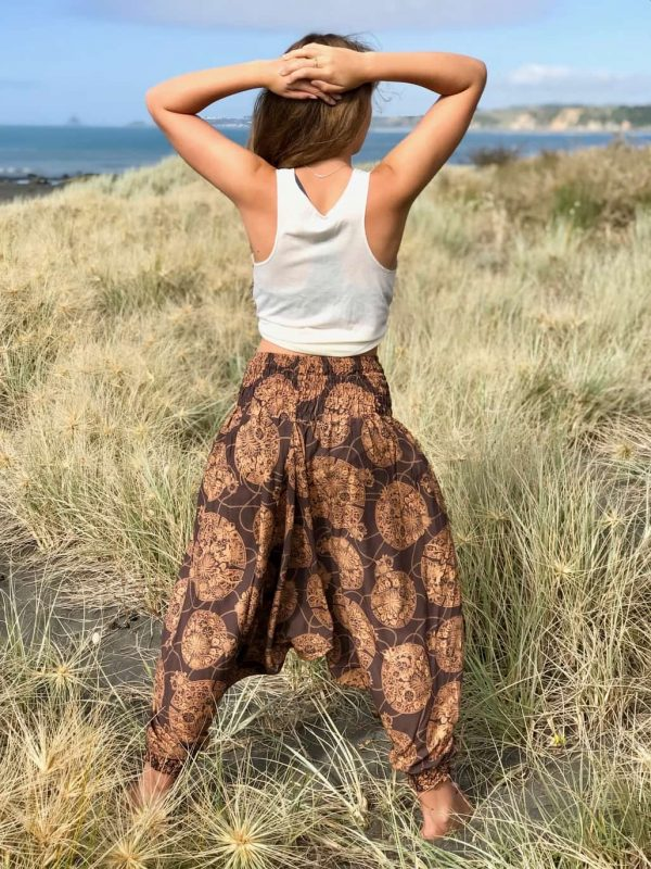 brown harem pants soft and comfortable. Aladin style yoga pants