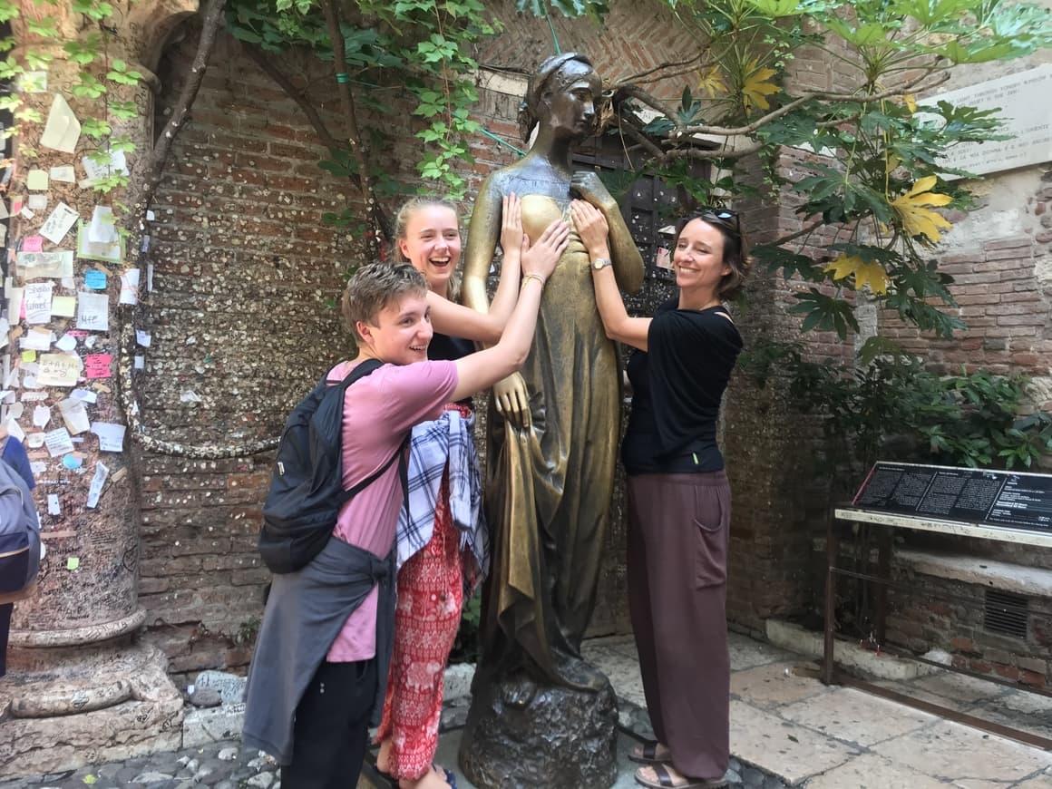 The statue of Juliet in Verona