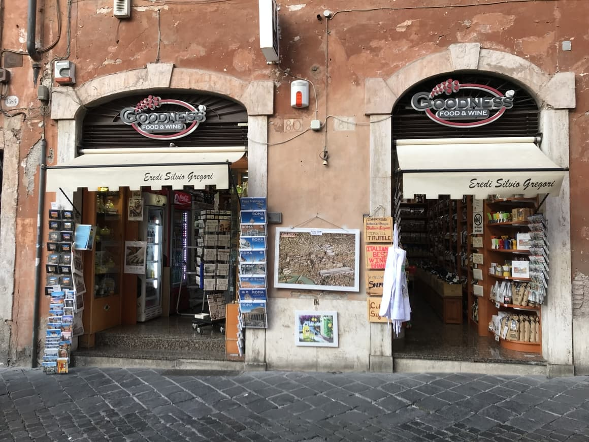 A shop outside the Pantheon that sells wine. Italy tips.