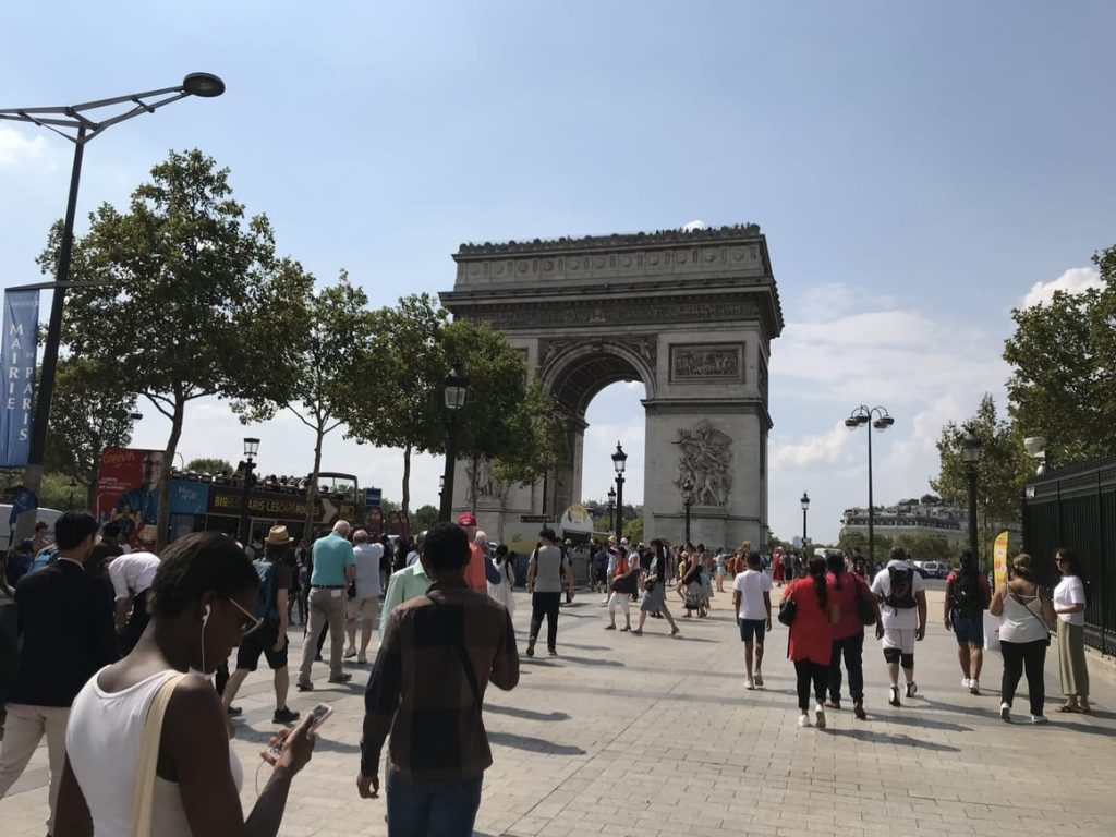 The arc de Triumph in Paris