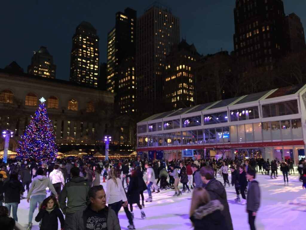 Rockefeller Centre at Christmas in nYC