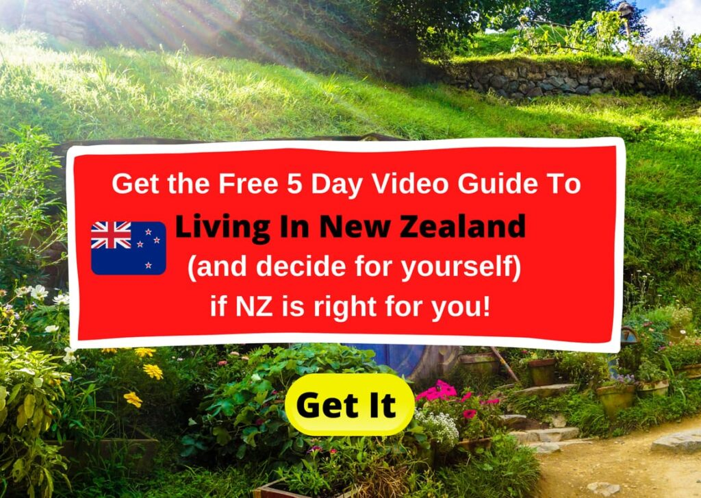 Living in New Zealand sign up form for a free guide