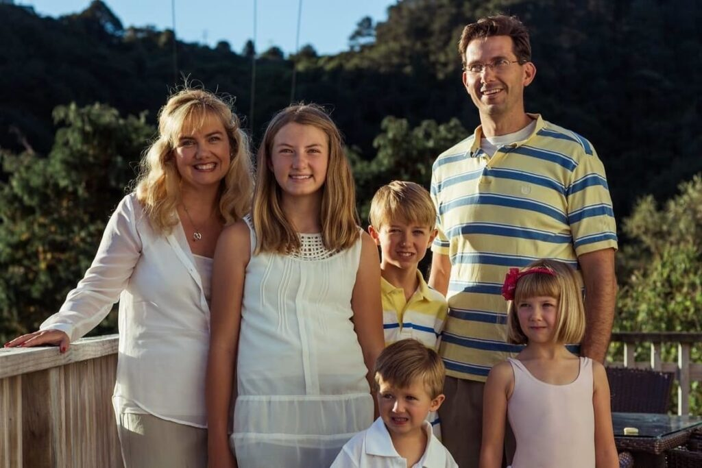 American Family smiling in New Zealand